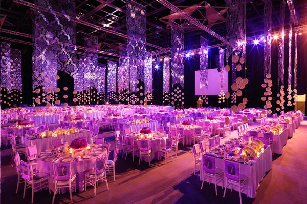Lưu ý về âm thanh, ánh sáng khi chọn nhà hàng tiệc cưới